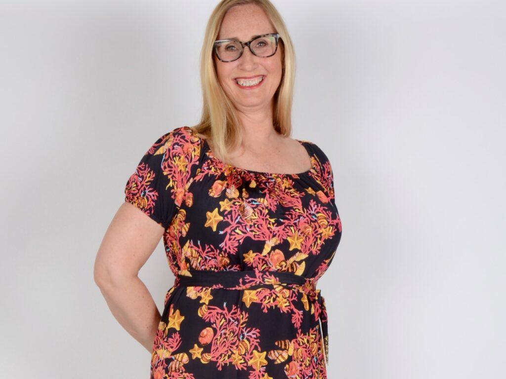 83eb06e845e2 Titta gärna lite extra på vårt stora utbud av klänningar. Vi har klänningar  i många olika stilar och kvaliteter för att passa din och andra kunders  smak, ...