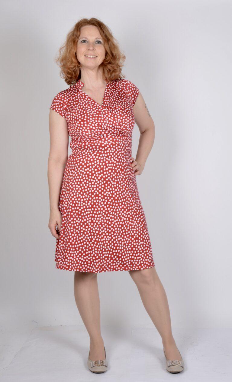 cbb7ca4834b6 Handla klänning från Onjenu här >>